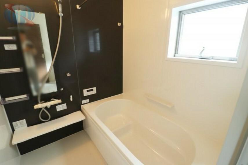 浴室 浴室乾燥つきで常にカラッとした状態を保てます