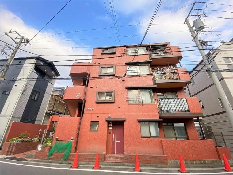 外観写真 最寄りの「尻手」駅から「川崎」駅が生活圏。川崎周辺には商業施設が充実!普段のお買い物から、お休みの日にはご家族でのお出かけなど、住みやすさが整う、充実のエリアです。