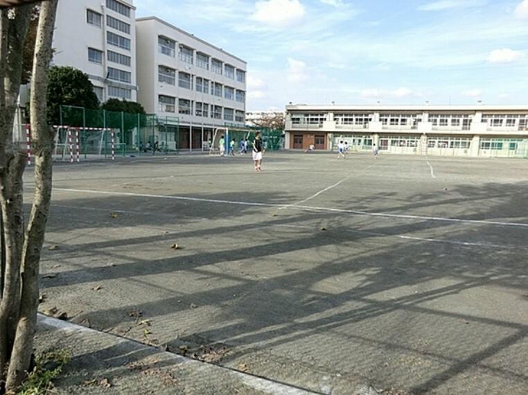 中学校 横浜市立樽町中学校