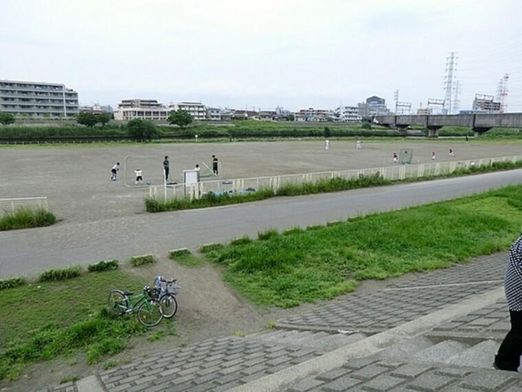 公園 鶴見川樽町公園