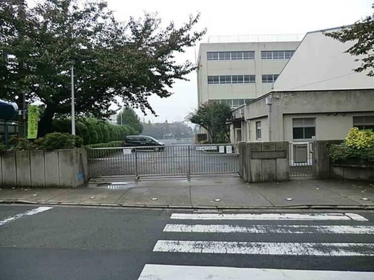 小学校 横浜市立浦島小学校