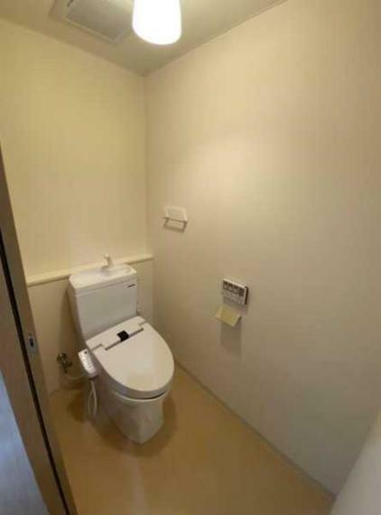 トイレ ウオシュレット付トイレ!