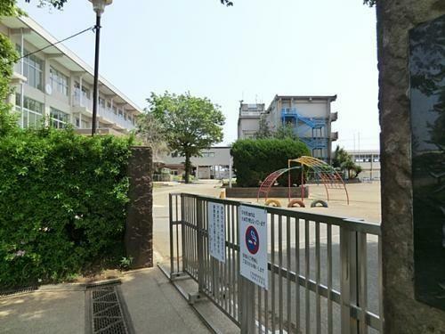 小学校 千葉市立都小学校 徒歩9分。