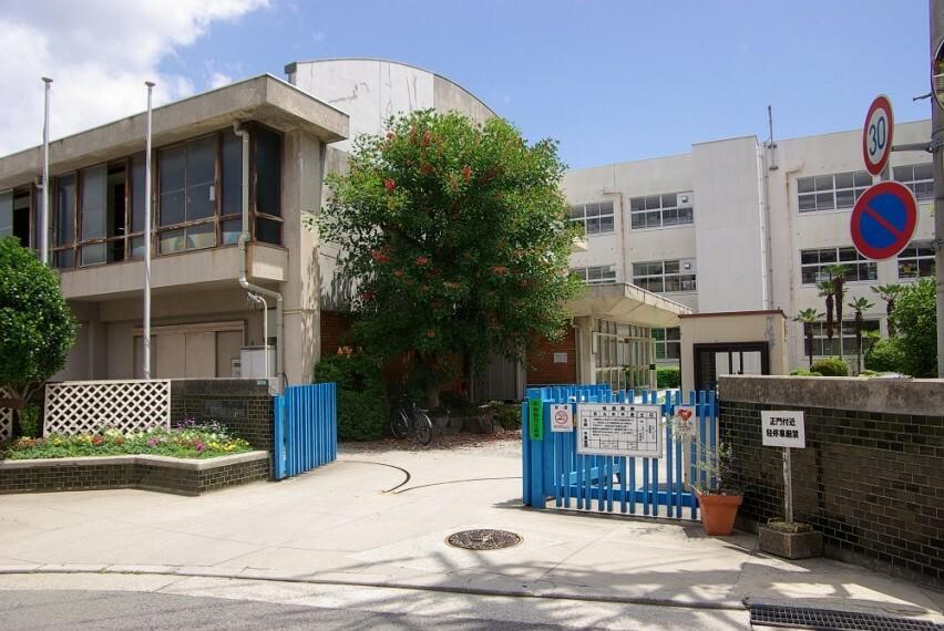 小学校 【小学校】西宮市立甲陽園小学校まで671m