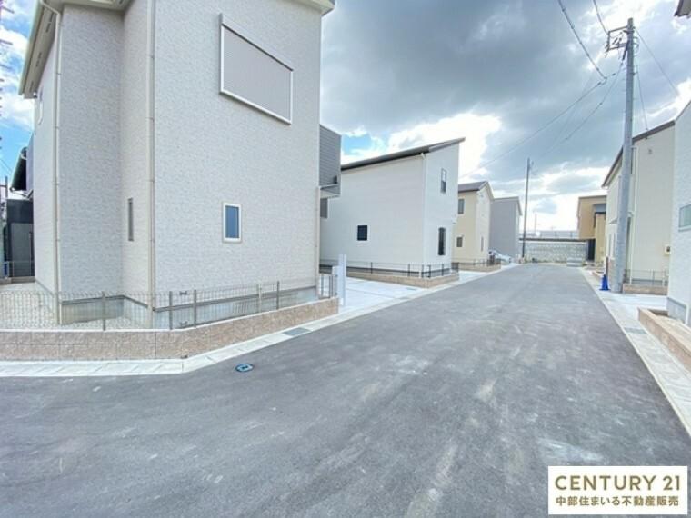 現況写真 接道:北東側市道6.17m 北西側公道6m