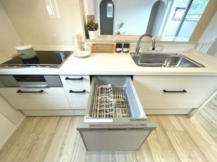 キッチン 食器洗浄乾燥機付きシステムキッチン(IHクッキングヒーター)