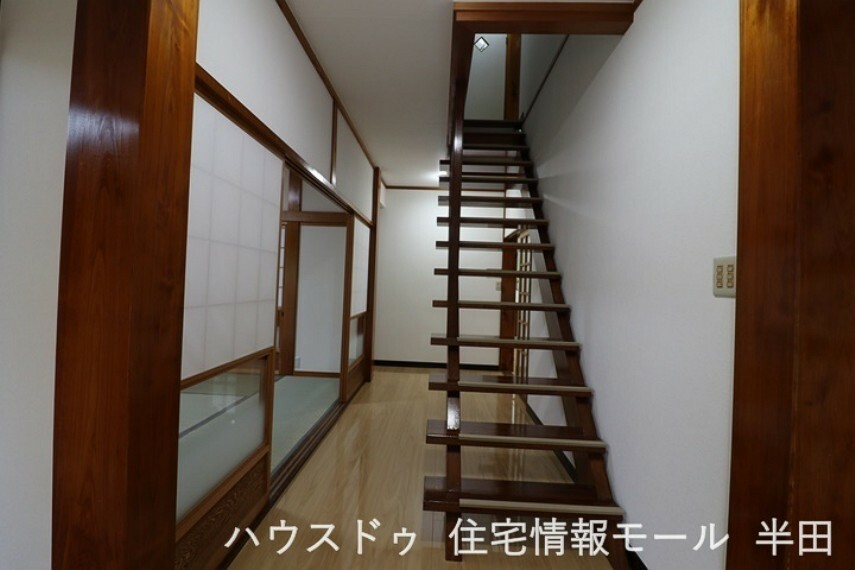 開放感のある空間を演出することができる、スケルトン階段!