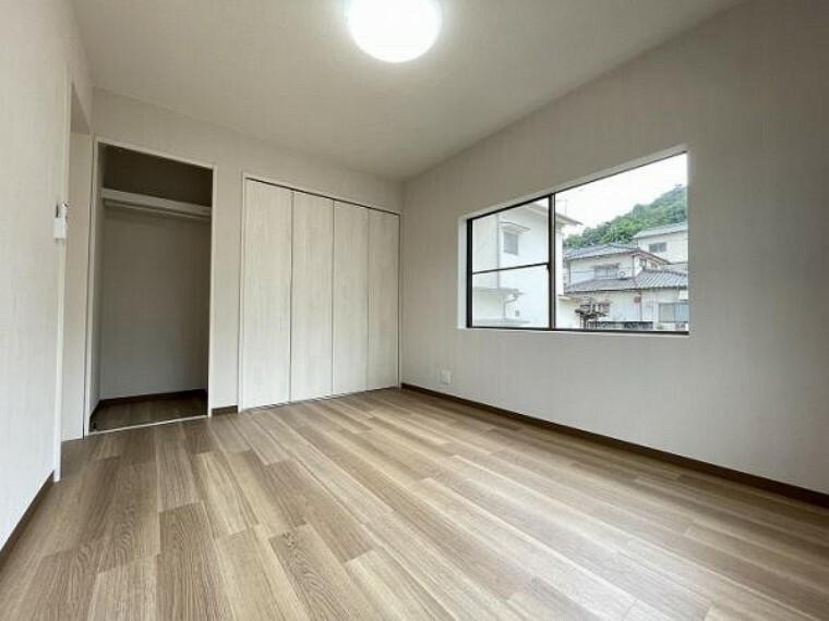 「2階洋室2」