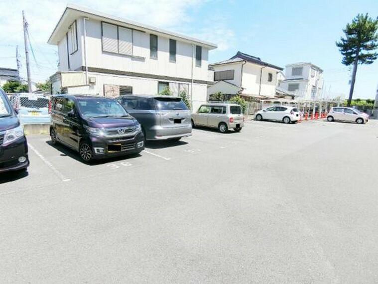 駐車場 駐車場です。最新の空き状況はご確認ください。