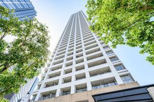ザ・パークハウス西新宿タワー60