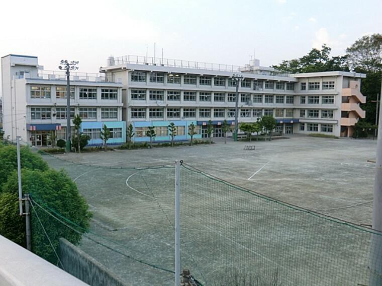 小学校 福生市立第七小学校
