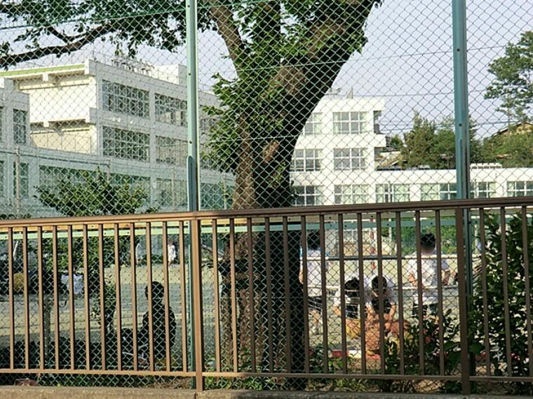 中学校 福生市立第三中学校