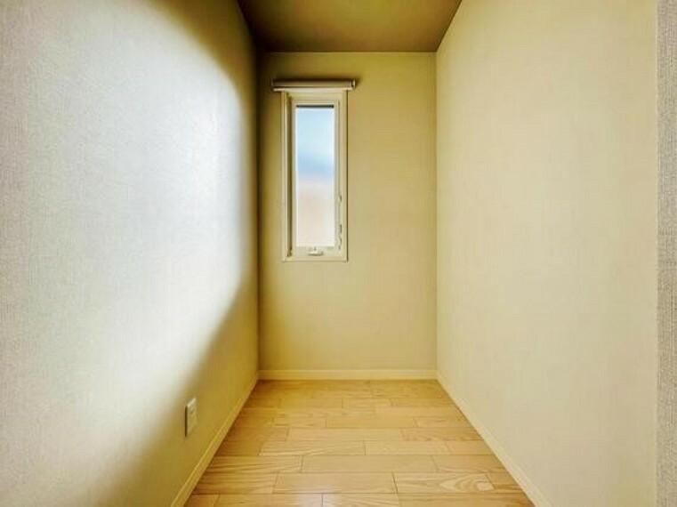 収納 少しでも空いているスペースを収納にすることで、無駄のない空間を演出しております。