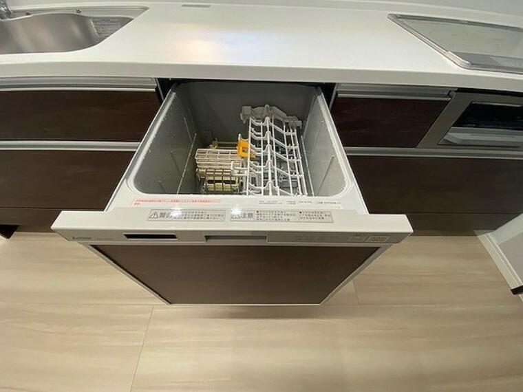 キッチン キッチン・食器洗浄乾燥機付きで家事の時短が可能で、手にも優しい!