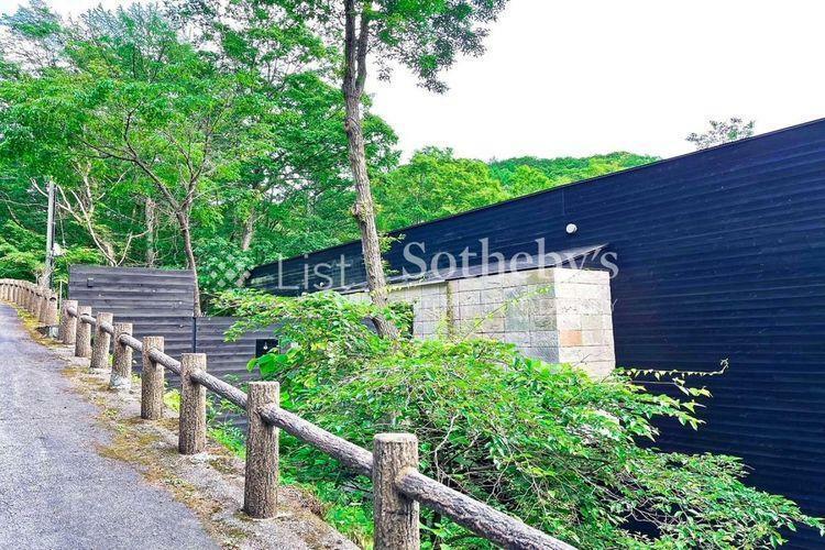 現況写真 外観グランディ軽井沢ゴルフクラブまで約2.3kmです。