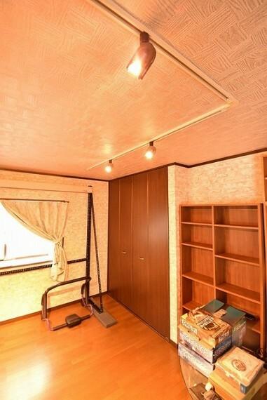 2階の洋室スペース