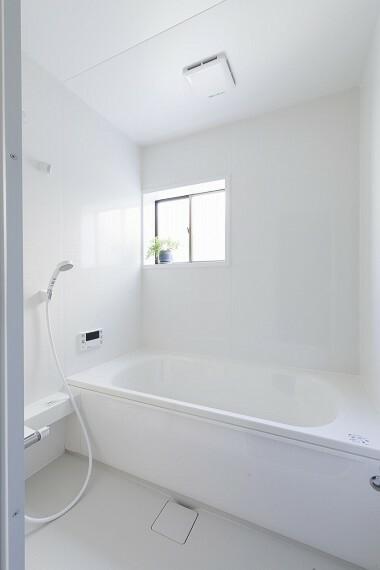 浴室 ユニットバスも新規取替済みです