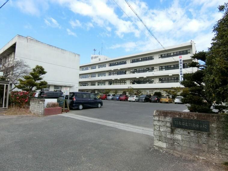 中学校 羽島中学校まで徒歩約19分。(約1500m)