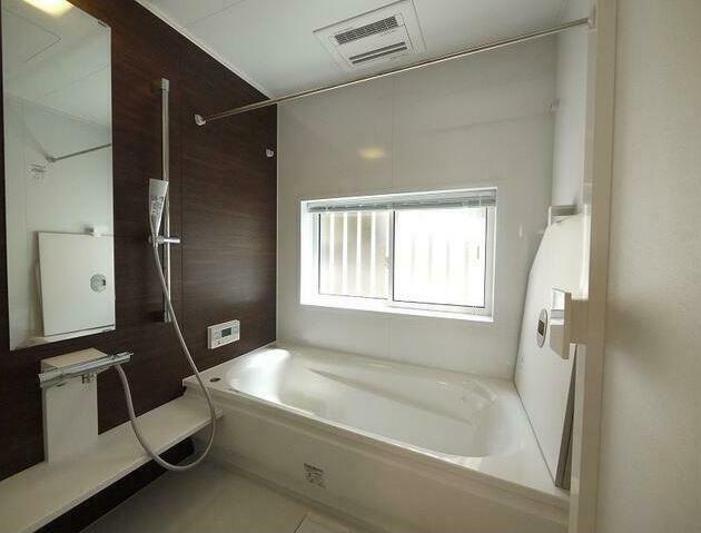 浴室 1616サイズのユニットバスを新品交換!衣類乾燥機能付きです。