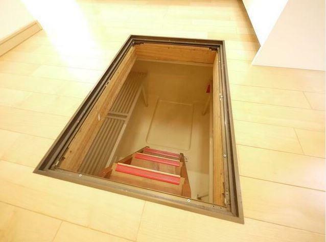 収納 広い床下収納があるので予備の日用品や調味料、防災グッズを収納する際に活躍します。