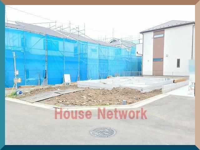 現況外観写真 建物は近隣の同建設会社施工の完成物件がご覧になれます。