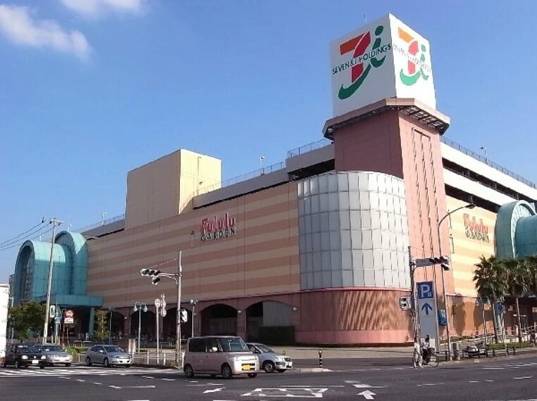ショッピングセンター (イトーヨーカドー八千代店)徒歩11分