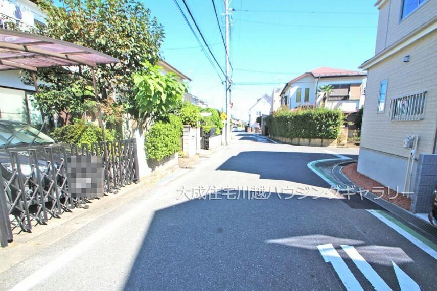 現況写真 前面道路 全2棟:現地写真2021.10.11撮影