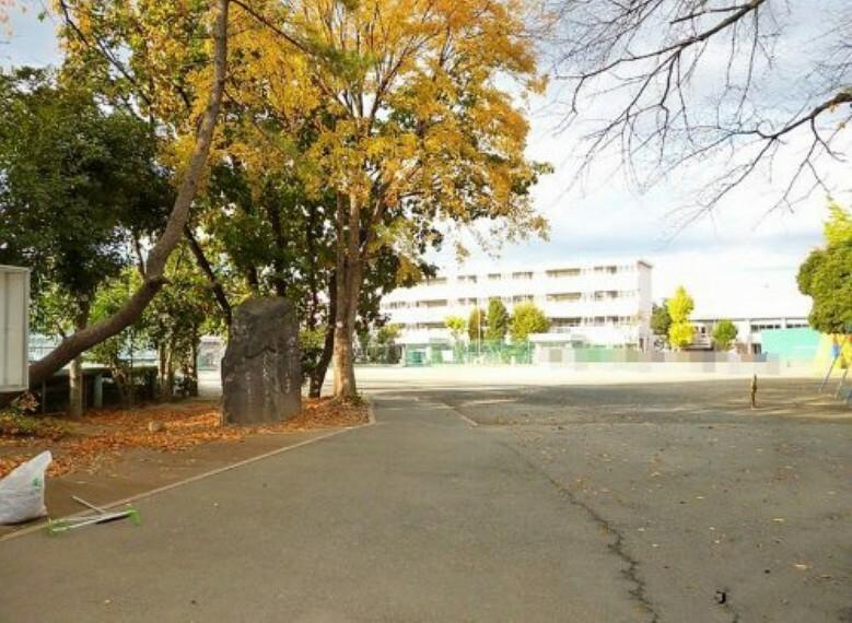 小学校 【小学校】志木市立志木第三小学校まで600m