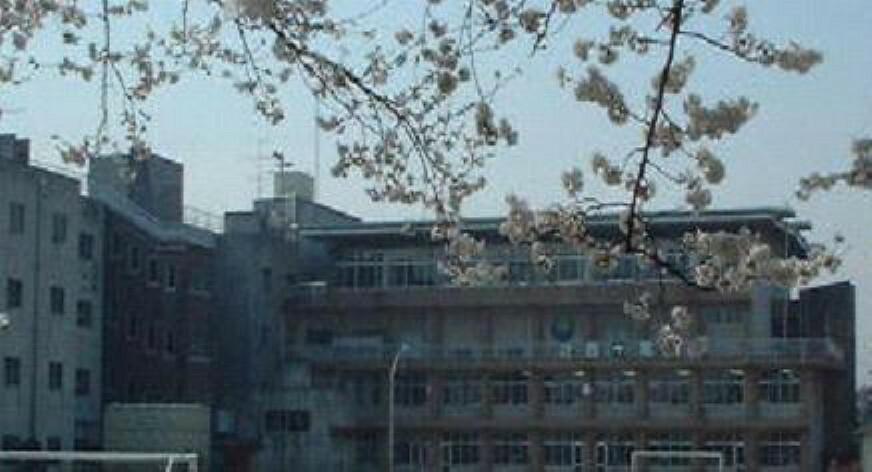 小学校 【小学校】川越市立霞ケ関南小学校まで696m