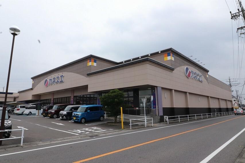 スーパー カネスエ瀬部店
