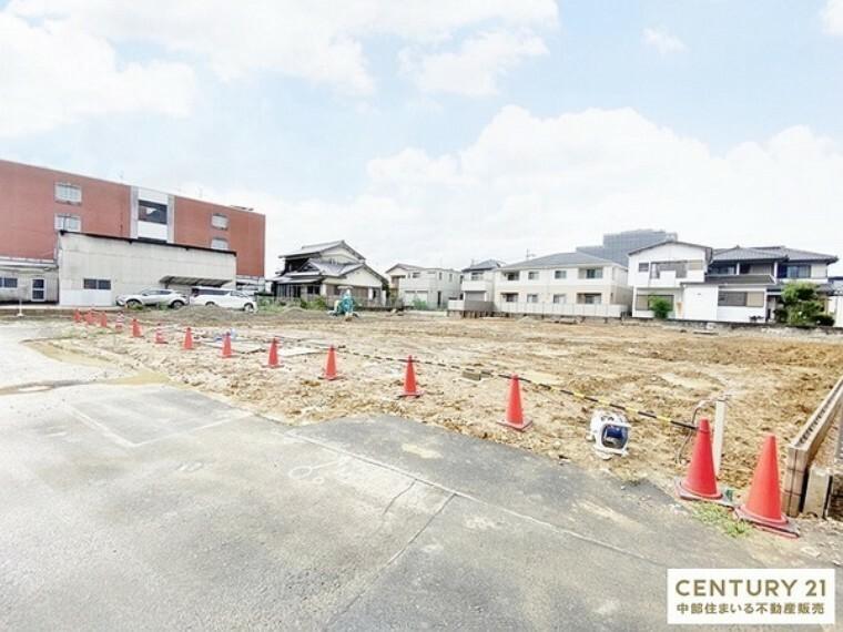 外観・現況 敷地面積:176.51平米 お車3台駐車可能です!