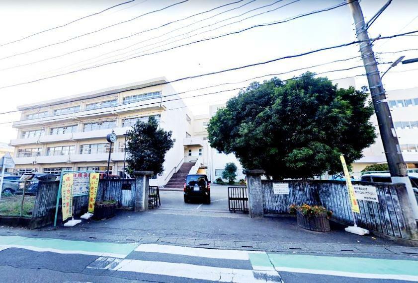 中学校 富士見市立 西中学校 埼玉県富士見市西みずほ台3丁目14-6