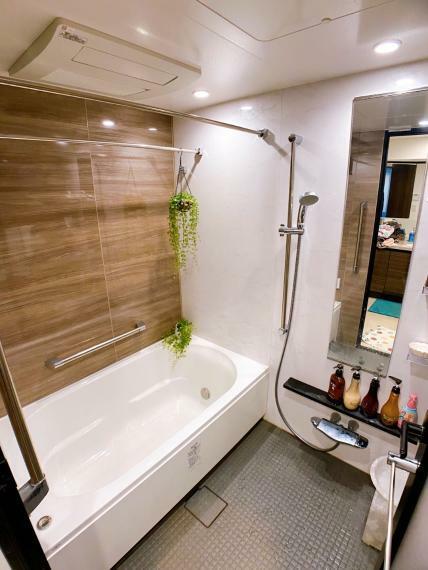 浴室 追焚バス式・浴室乾燥機 室内(2021年8月)撮影