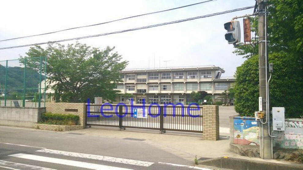 小学校 【小学校】富岡市立 高瀬小学校まで905m