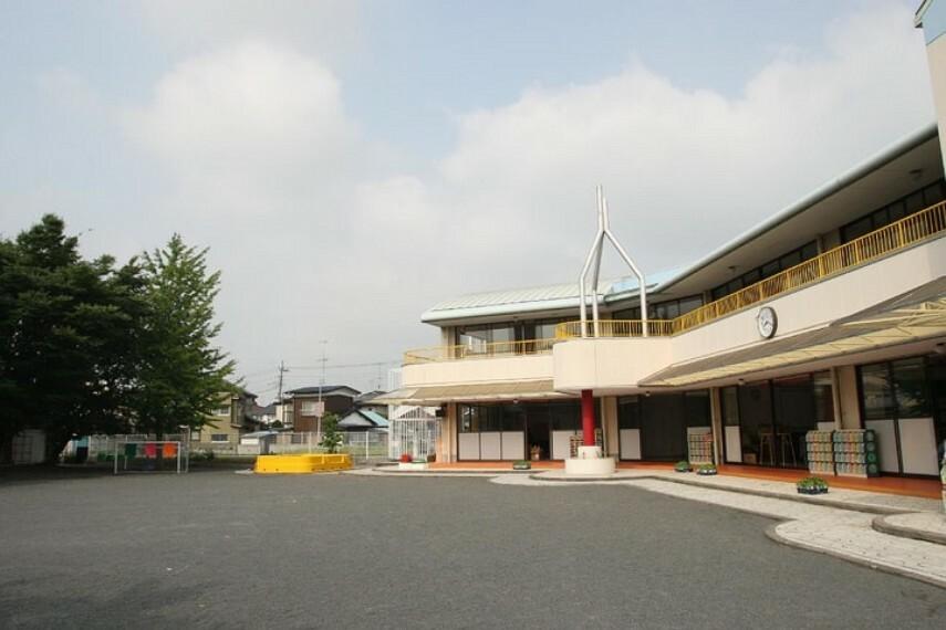 幼稚園・保育園 【幼稚園】栗橋白百合幼稚園まで637m