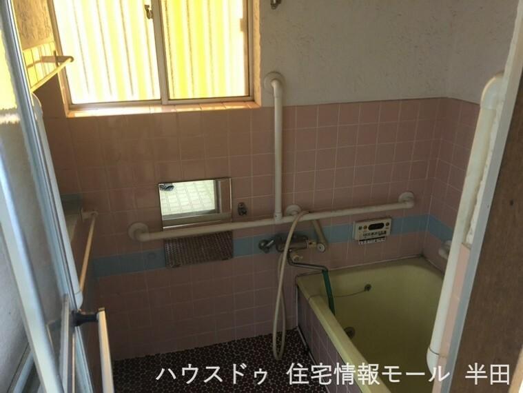 浴室 優しい色合いで癒される浴室