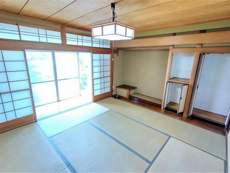 【リフォーム中】1階西側和室です。畳の表替えを行う予定です。