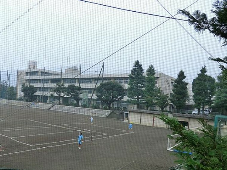 中学校 横浜市立六角橋中学校 約1910m