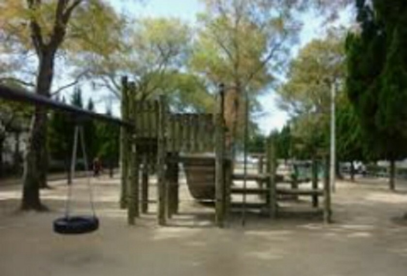 公園 【公園】杭瀬大崩緑地まで528m