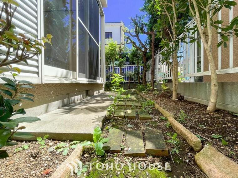 庭 毎日の暮らしの中に癒しを与えてくれるお庭スペース。