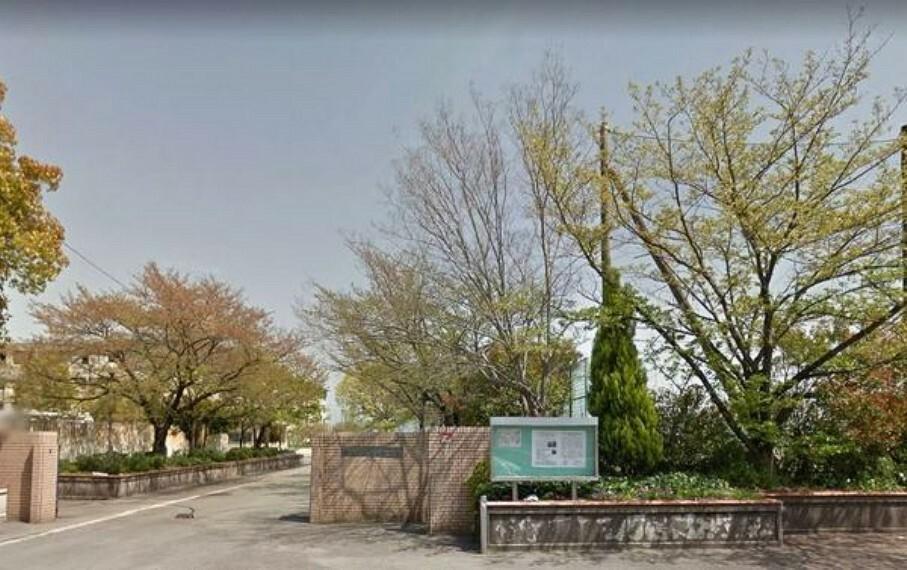中学校 八幡市立男山中学校