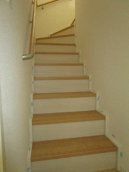 階段 (2021年10月8日撮影)