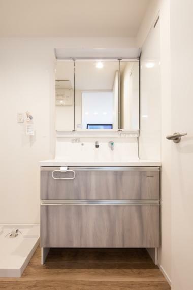 洗面化粧台 【施工事例】洗面台