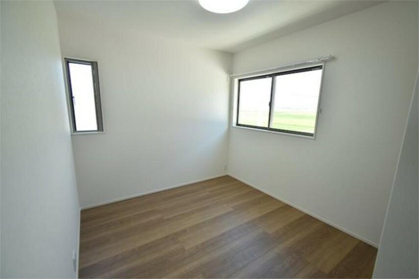 専用部・室内写真 4LDKだから、子ども部屋もしっかり確保。自分だけの空間が嬉しい