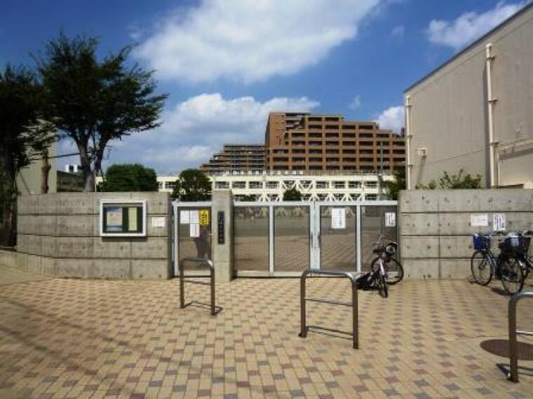 小学校 【小学校】世田谷区立塚戸小学校まで1311m