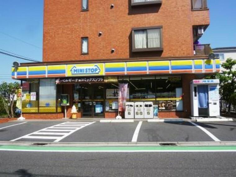 コンビニ 【コンビニエンスストア】ミニストップ成城通店まで1046m