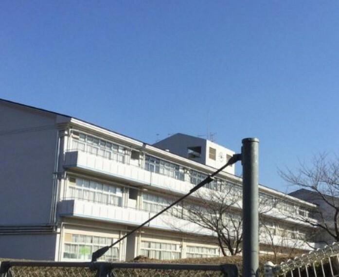 中学校 【中学校】龍ケ崎市立城ノ内中学校まで1642m