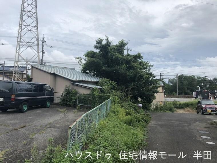 外観・現況 ファミリーマート武豊山ノ神店徒歩3分の便利な立地