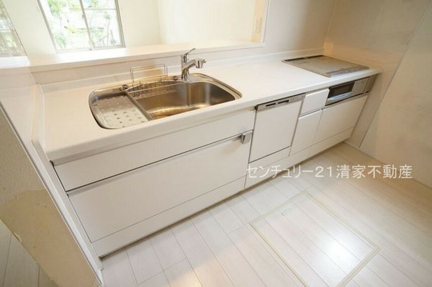 キッチン 忙しい奥様に嬉しい食洗機完備!(2021年09月撮影)