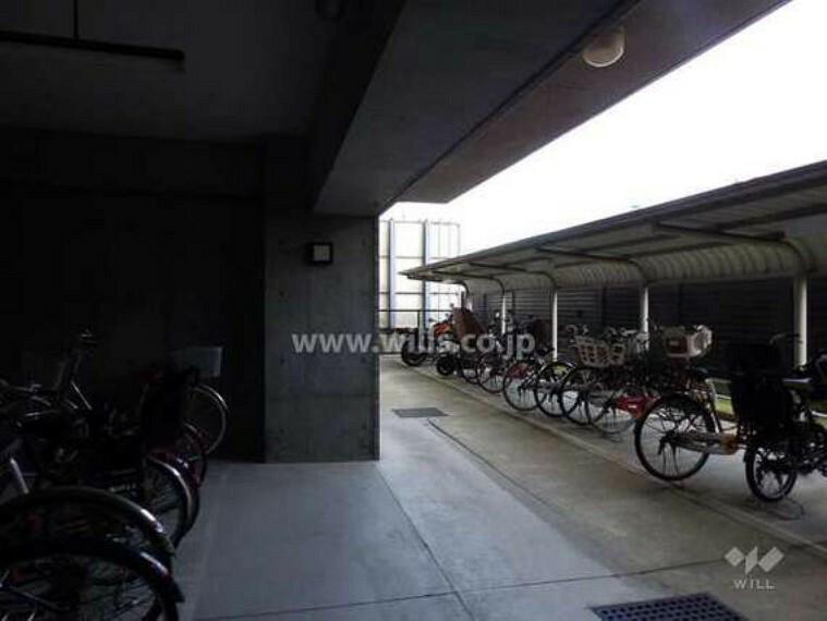 駐車場 駐輪場